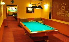 "Billiard in the café ""Star cafe"""