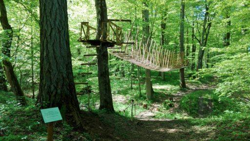 Cīravas mežaparks