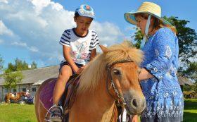 Jodinėjimas ant žirgų