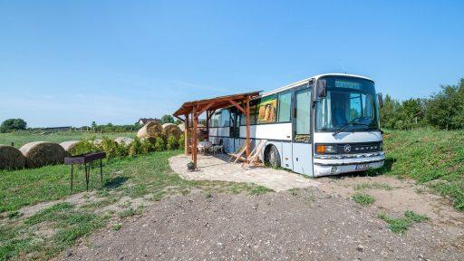 Brīvdienu māja  Atomi Country Bus
